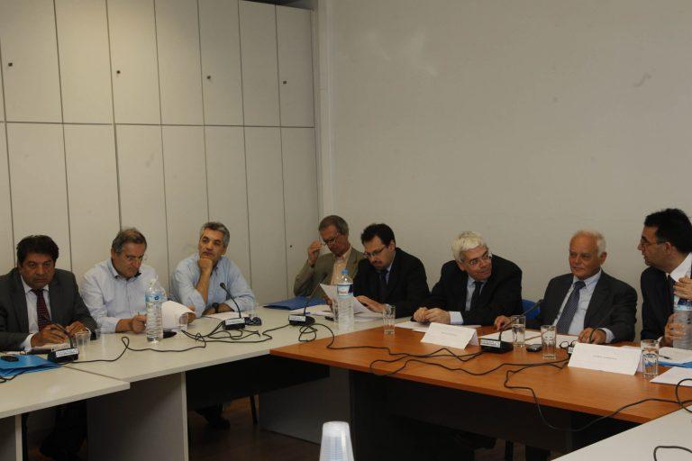 Έγιναν… «μαλλιά κουβάρια» στη διακομματική για το ντιμπέιτ! | Newsit.gr