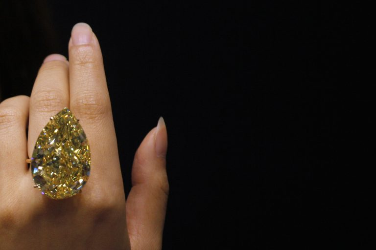 Ένα από τα μεγαλύτερα διαμάντια του κόσμου στο «σφυρί» | Newsit.gr