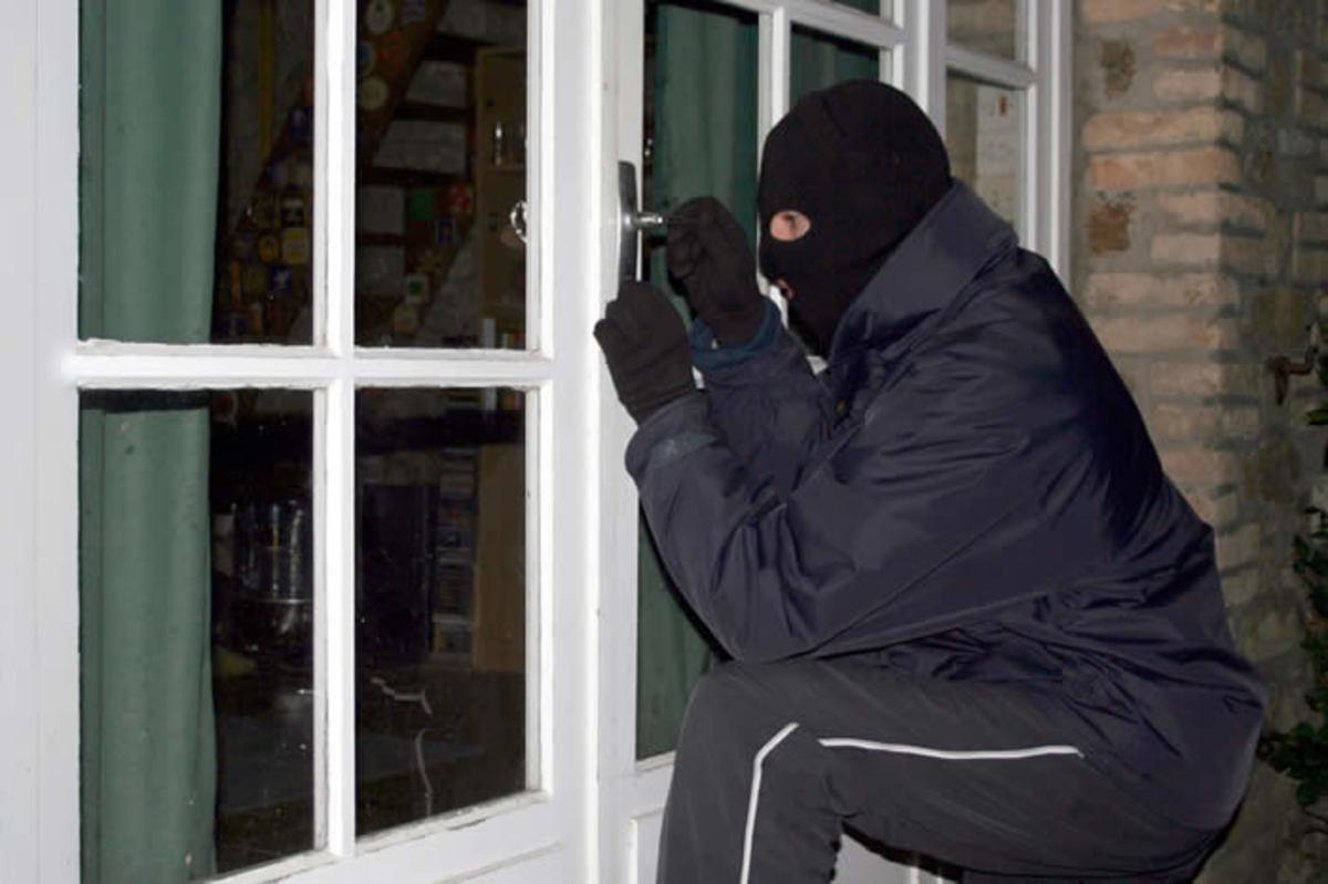 Ηράκλειο: Οι κλέφτες μπήκαν από το παράθυρο… | Newsit.gr