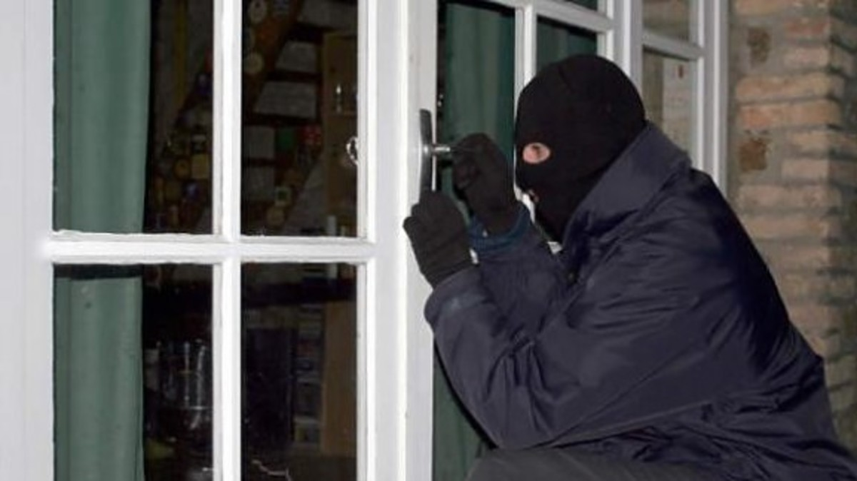 Λεμεσός: Οικιακή βοηθός καταδίωξε και συνέλαβε διαρρήκτη | Newsit.gr