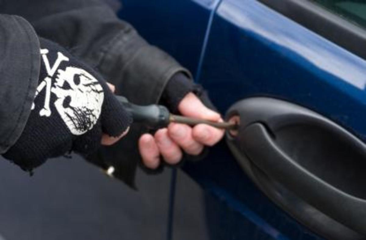 Επεισοδιακή σύλληψη διαρρήκτη αυτοκινήτων στα Χανιά | Newsit.gr