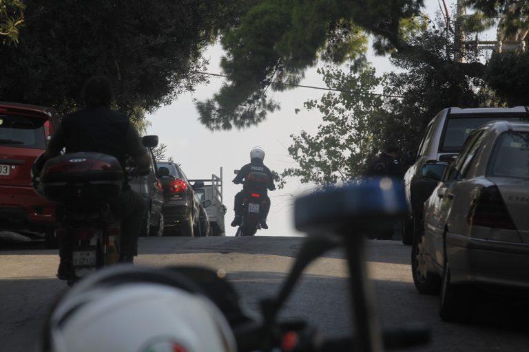 Απίστευτη καταδίωξη κλέφτη στην Πάτρα – Τον συνέλαβαν μέσα στο νεκτροταφείο   Newsit.gr