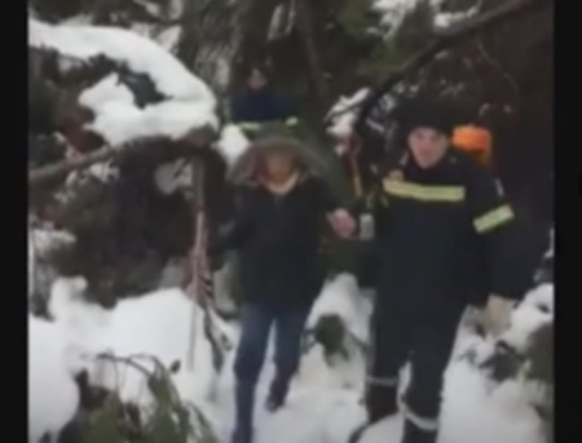 «Αν δεν ήσασταν εσείς θα πεθαίναμε»! Διάσωση από Πυροσβέστες στην Κύμη [vid] | Newsit.gr