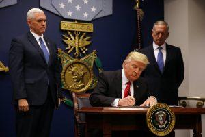 Νέο ανανεωμένο μεταναστευτικό διάταγμα Τραμπ! Οι εξαιρέσεις