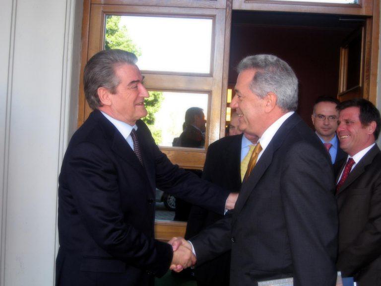 Μετά την ελληνική οργή ο Μπερίσα τα «μαζεύει» για το ότι η Αλβανία εκτείνεται ως την Πρέβεζα   Newsit.gr