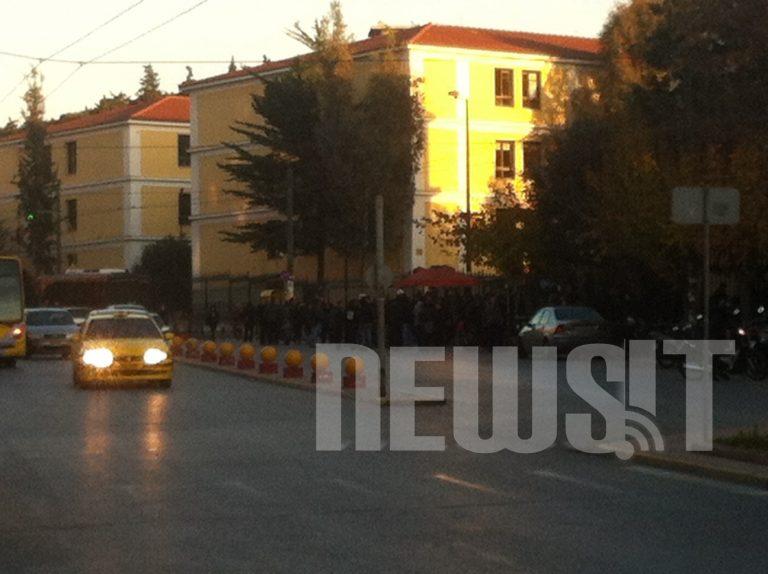 Στον ανακριτή οι συλληφθέντες της Βίλας Αμαλία   Newsit.gr