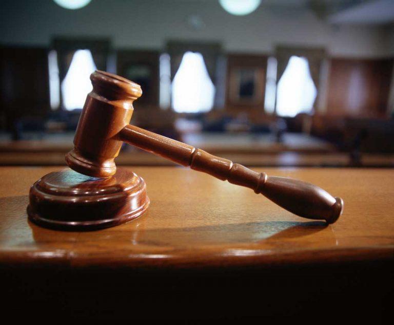 Έδωσαν το ΟΚ για την προβολή βίντεο με ερωτικές σκηνές στο δικαστήριο | Newsit.gr