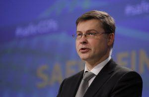 Ντομπρόβσκις: Στο… ορατό μέλλον η συμφωνία για την αξιολόγηση