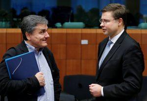 Ντομπρόβσκις με… μαστίγιο και καρότο! «Άχρηστη η κίνηση Τσίπρα, βλέπω συμφωνία»