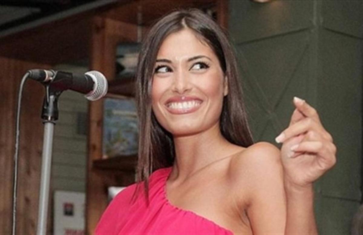 «Νόμιζα ότι τα δόντια της Θωμαή είναι πορσελάνη…»! Ντροπή για την τσιγκάνα που απαρνήθηκε την οικογένειά της! ΒΙΝΤΕΟ | Newsit.gr