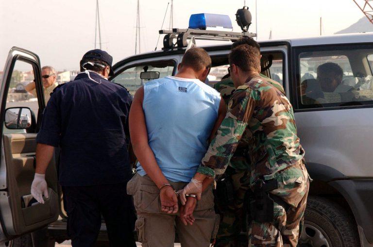 Σύλληψη τριών δουλεμπόρων στην Κομοτηνή | Newsit.gr