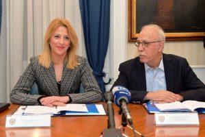 Βίτσας και Δούρου υπογράφουν συνεργασία για επαύξηση διαλειτουργικότητας