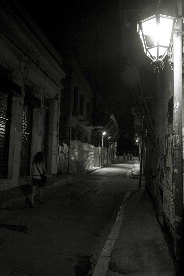 Θεσσαλονίκη: Την γρονθοκόπησε για να της πάρει την τσάντα!   Newsit.gr