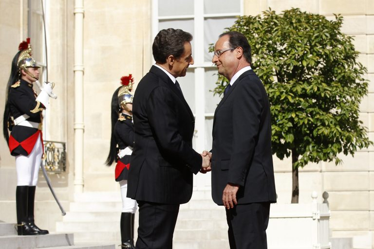Εποχή Ολάντ στη Γαλλία – Ορκίστηκε ο νέος πρόεδρος | Newsit.gr