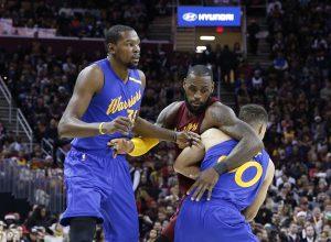 NBA, Kαβαλίερς – Γουόριορς: Αιχμές Ντουράντ για την τελευταία φάση [vid]
