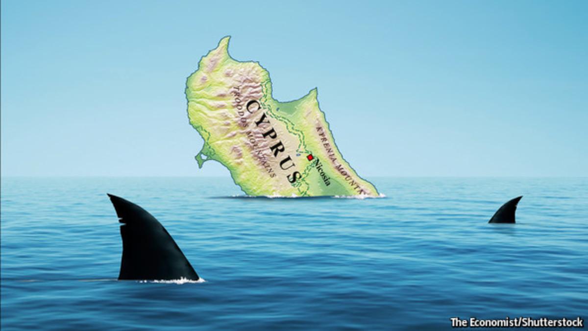 Economist: Καρχαρίες γύρω από τη βυθιζόμενη Κύπρο | Newsit.gr