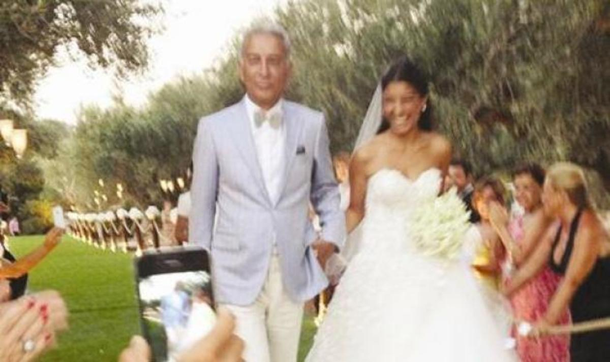 Δ. Γκινοσάτης – Ε. Πολάτ: Οι πρώτες φωτογραφίες από τον ελληνοτουρκικό γάμο στην Πύλο! | Newsit.gr