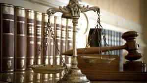 Με σήμα το ζυγό και το σφυρί η «Ένωση Ανώτατων και Ανώτερων Δικαστών και Εισαγγελέων»