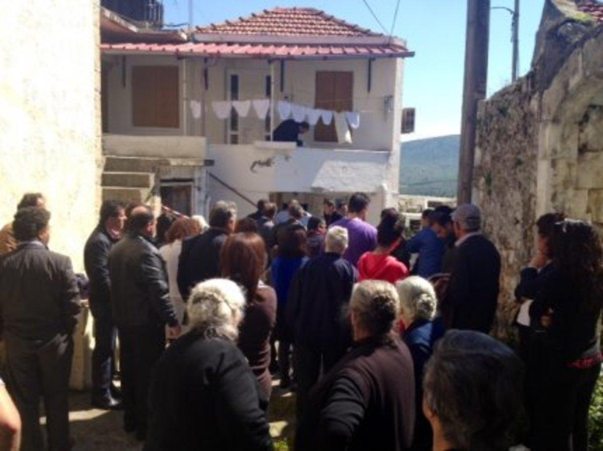 Ηράκλειο: »Στο σκαμνί» πατέρας και γιος για τη φρικτή δολοφονία ηλικιωμένης! | Newsit.gr