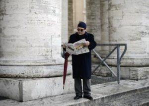 Manifesto: Το ΔΝΤ έχει μιλήσει με τους Έλληνες που δεν τα βγάζουν πέρα;