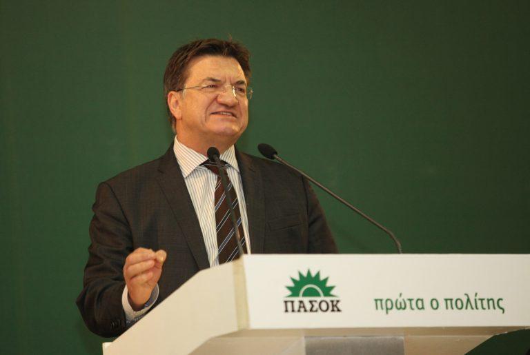 Τα κόμματα καταδικάζουν την επίθεση στον Π. Ευθυμίου από τη Χρυσή Αυγή | Newsit.gr