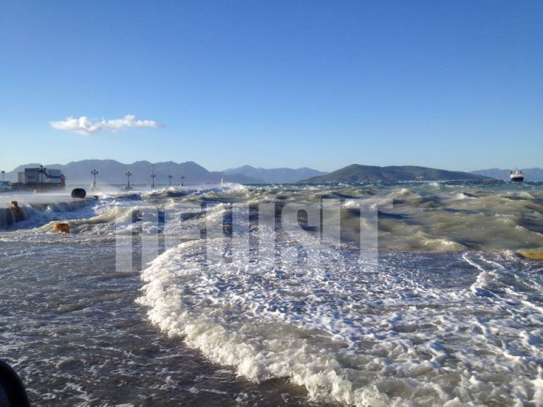 Αίγινα σήμερα το πρωί! Η θάλασσα εξαφάνισε το λιμάνι! – ΦΩΤΟ   Newsit.gr