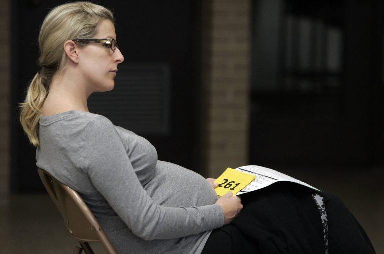 Πόσο επικίνδυνο είναι για τις εγκύους το εμβόλιο; | Newsit.gr
