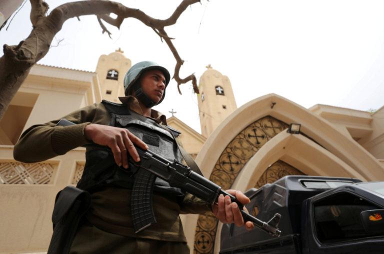 Αντίποινα για την σφαγή των Χριστιανών Κοπτών! Η Αίγυπτος βομβαρδίζει την ανατολική Λιβύη   Newsit.gr