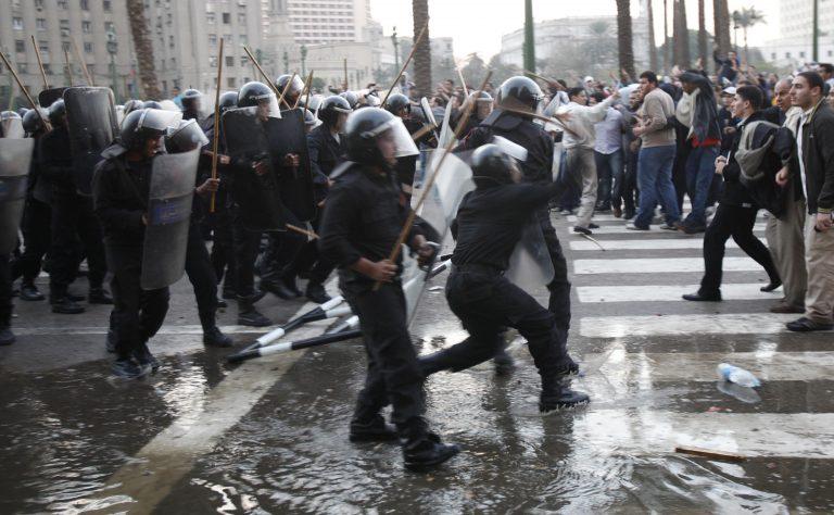 Τουλάχιστον 297 νεκροί το τίμημα της αιγυπτιακής εξέγερσης   Newsit.gr