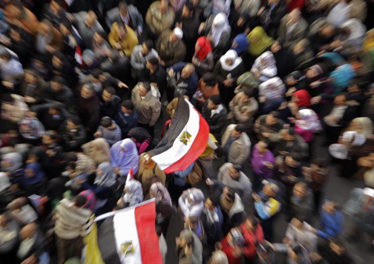 Αίγυπτος: Τώρα διαψεύδουν τα τεστ παρθενίας στις διαδηλώτριες | Newsit.gr