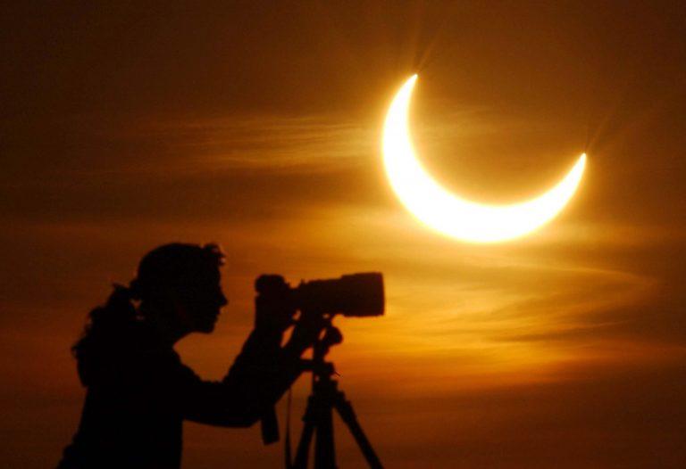 Ξεκίνησε η μερική έκλειψη ηλίου | Newsit.gr