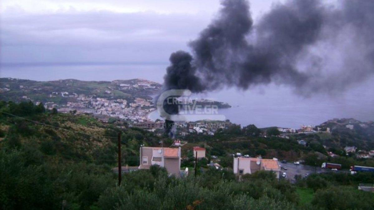 Κρήτη: Ασύλληπτη τραγωδία στην άσφαλτο – Δύο νεκροί από έκρηξη σε φλεγόμενο ασθενοφόρο! | Newsit.gr