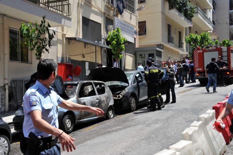 Τρεις πολίτες κάηκαν στο κέντρο της Αθήνας όμως  καμία σύλληψη καμία προσαγωγή   Newsit.gr