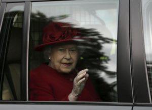Τι παρακολουθεί με μανία η βασίλισσα Ελισάβετ;