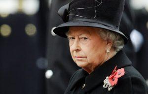 Βασίλισσα Ελισάβετ: Όλο το έθνος είναι σε σοκ!