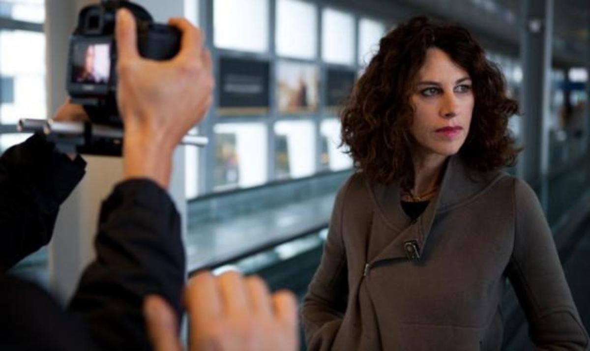 Ελ. Αρβανιτάκη: Backstage φωτογραφίες του νέου video clip «Μη φεύγεις μη μένεις» | Newsit.gr