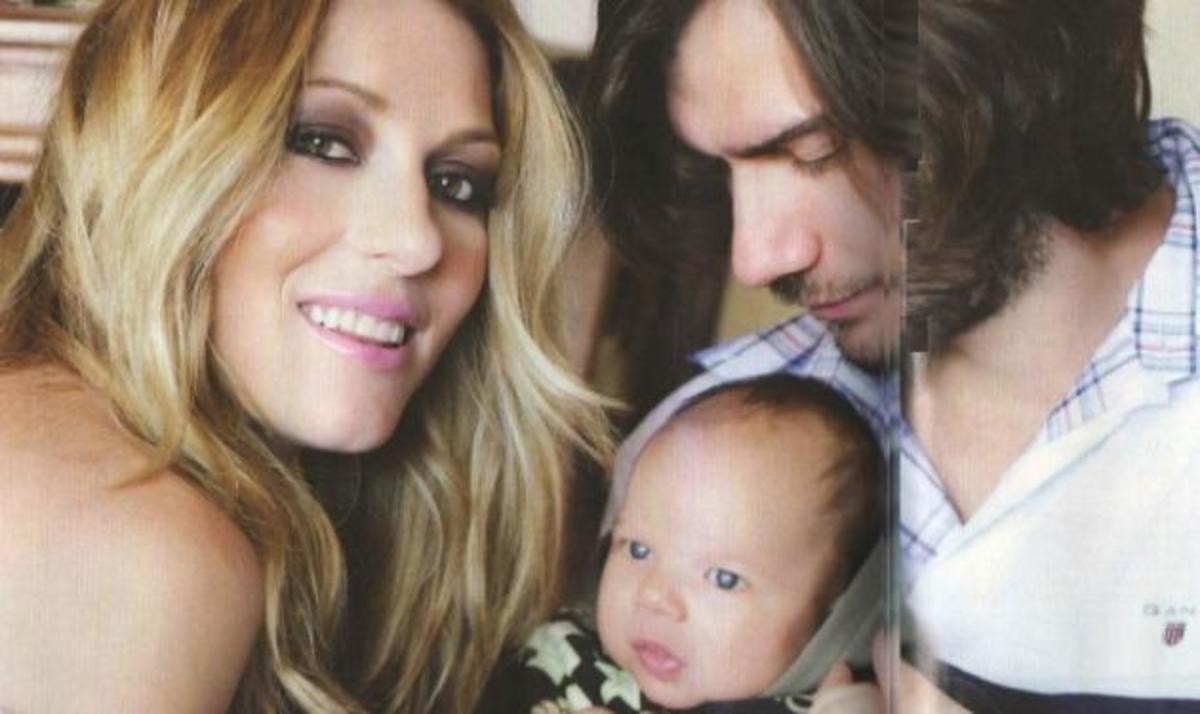 Έ. Τόλη φωτογραφίζεται με την οικογένειά της: Παραλίγο να διαλύσω τον γάμο μου μετά την πρώτη εγκυμοσύνη! | Newsit.gr