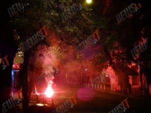 17 Νοέμβρη 2015: Νύχτα φωτιάς στα Εξάρχεια – «Πέταξαν» μέχρι και αυτοκίνητο στα ΜΑΤ (ΒΙΝΤΕΟ & ΦΩΤΟ)