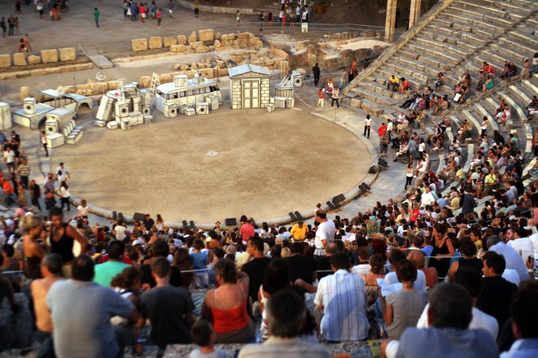 Γιατί ακυρώνονται οι παραστάσεις της Επιδαύρου; | Newsit.gr