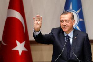 Ο Ερντογάν «ξήλωσε» ακόμη 107 δικαστές και εισαγγελείς