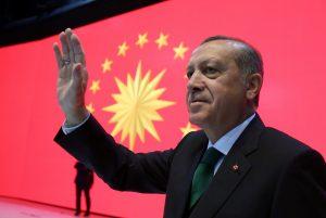 """Απάντηση Ερντογάν στην Bild: Ο Κεμάλ θα ψήφιζε """"ναι"""""""