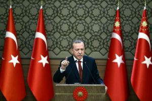 Τραβάει το σχοινί ο Ερντογάν! Θα συνεχίσει να μιλάει για «κατάλοιπα ναζιστών και φασίστες»