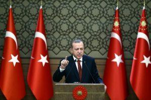 Ο Ερντογάν κήρυξε εθνική επιστράτευση κατά της τρομοκρατίας