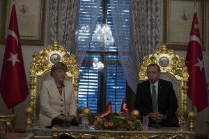 Μέρκελ προς Ερντογάν: Αν θέλεις βίζα, άλλαξε τον αντιτρομοκρατικό νόμο!