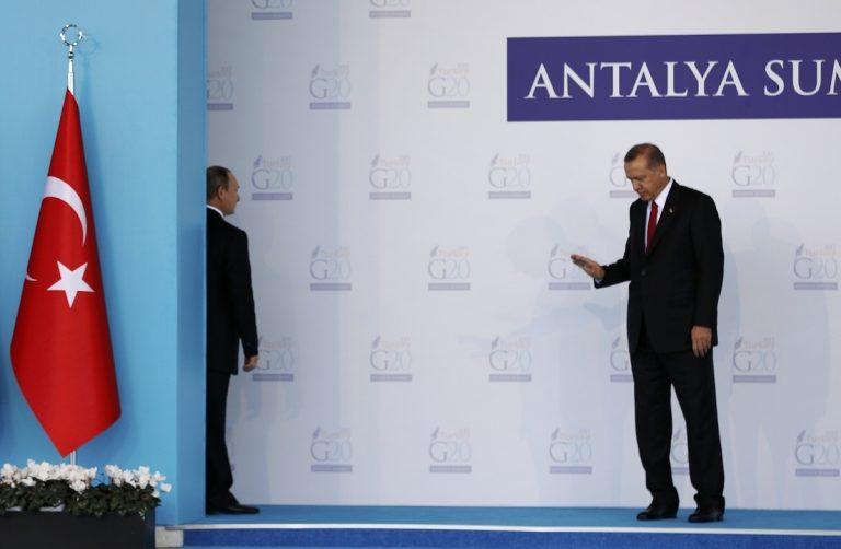 Απολογία Ερντογάν σε Πούτιν για την «ανατροπή» του Άσαντ | Newsit.gr