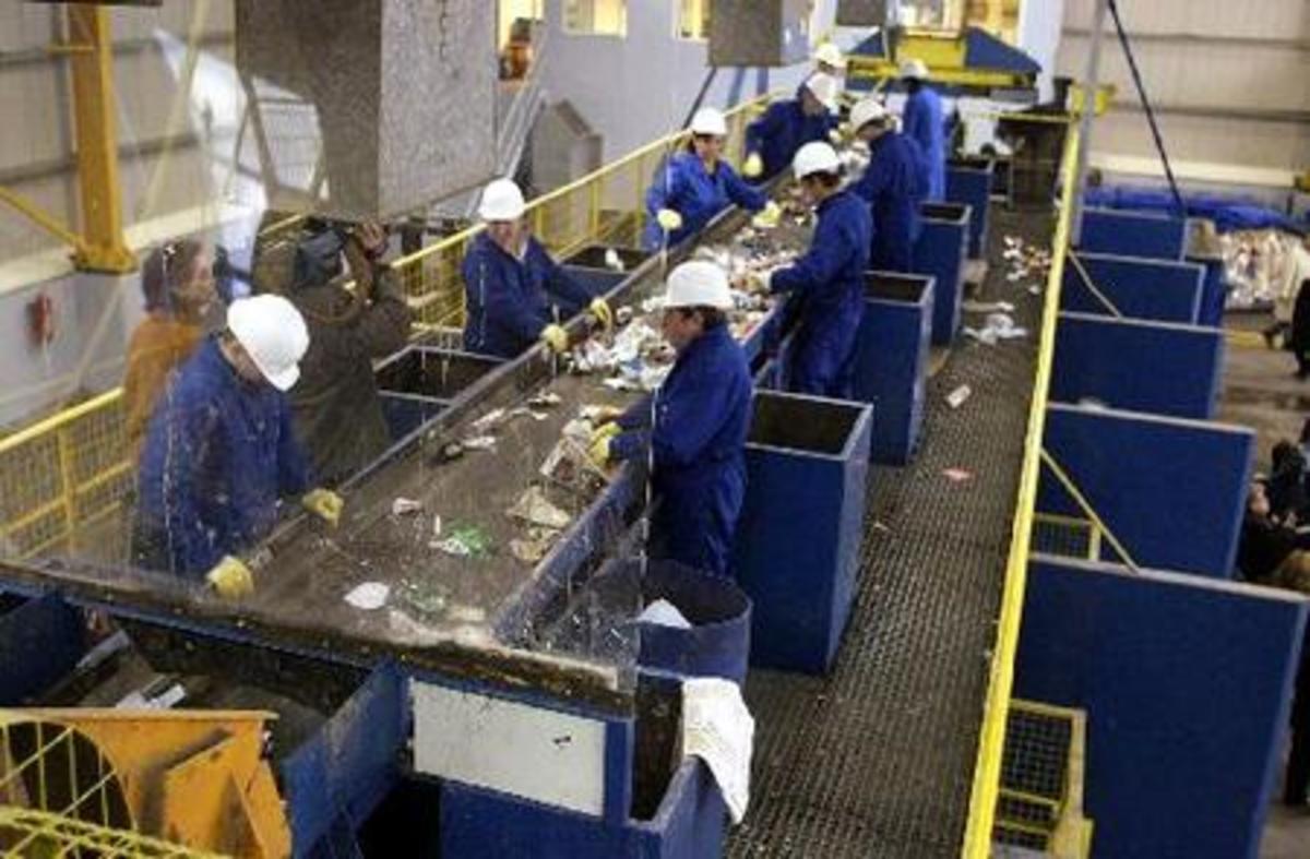 Μύθος είναι το υψηλό κόστος εργασίας στην Ελλάδα»   Newsit.gr