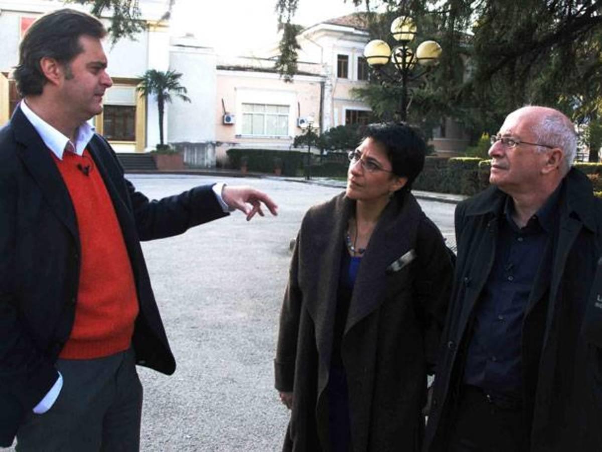 Ξεφυλλίζοντας τις «Κεραίες» της ΕΡΤ | Newsit.gr