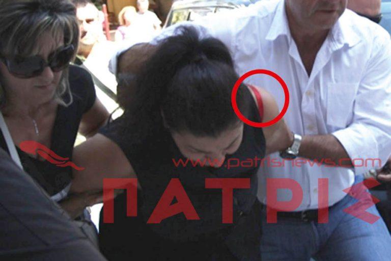 Ηλεία:Το κόκκινο σουτιέν της παπαδιάς και το τηλεφώνημα-παγίδα στον εραστή της!   Newsit.gr