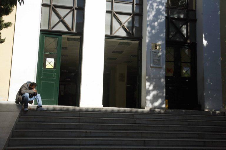 Ελεύθερος με εγγύηση ο Παπαμαρκάκης για το δομημένο ομόλογο | Newsit.gr