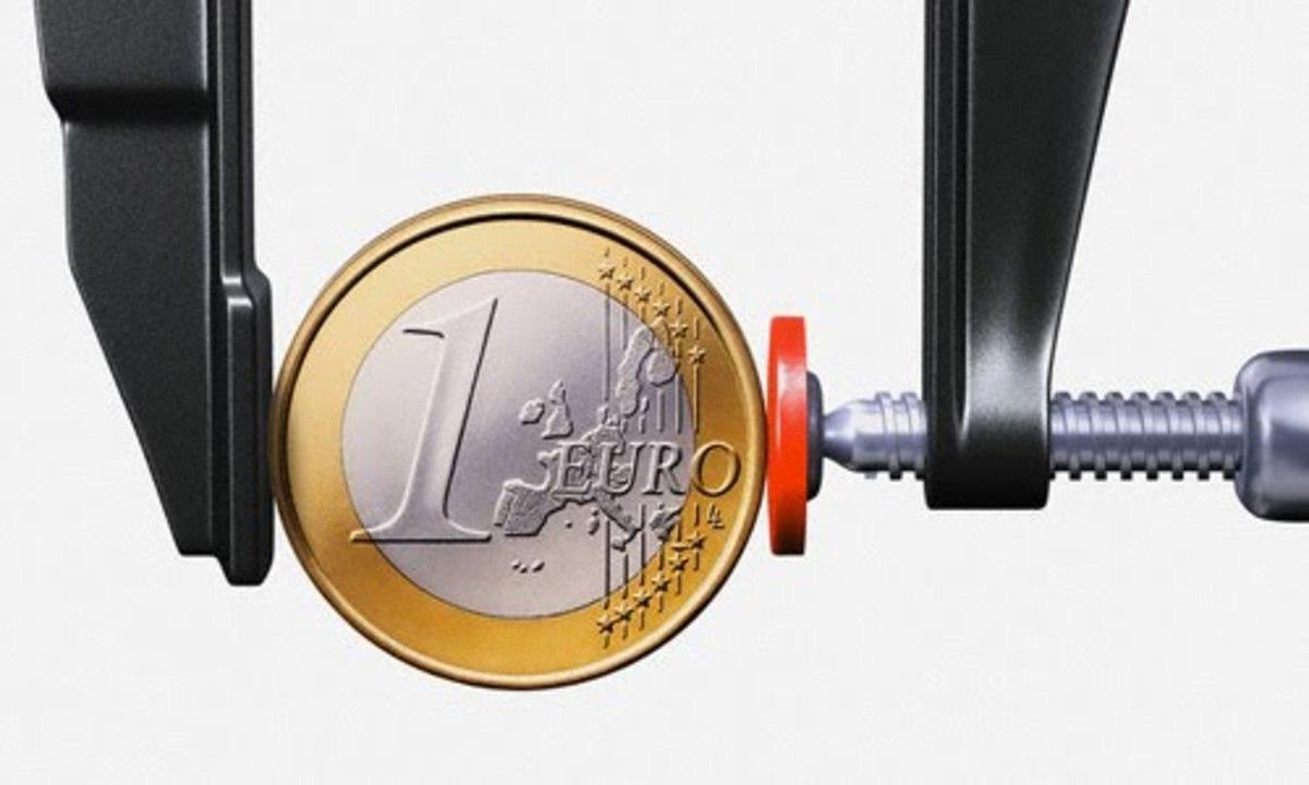 Το ευρωομόλογο απομακρύνεται, το ευρώ πέφτει | Newsit.gr